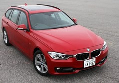BMW 320d BluePerformanceツーリング
