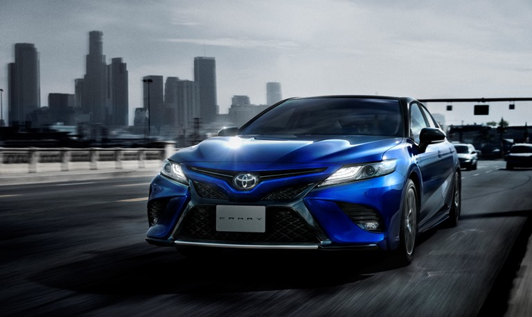 トヨタ カムリ新車情報・購入ガイド スポーティグレード追加で...