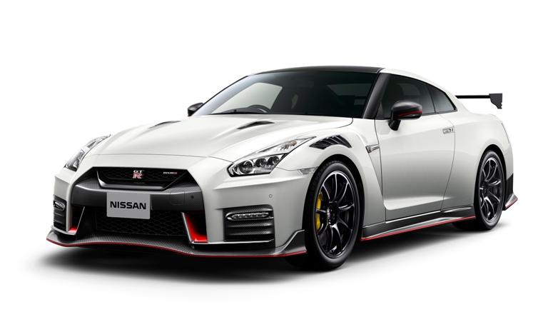 進化続けるGT-R、2020年モデルが登場。50周年記念車も 日産はスポーツカーのGT...