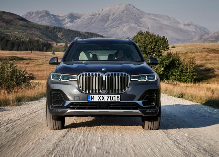 BMWのフラッグシップSUVが新型X7 BMWは、スポーツ・アクティビティ・ビークル(...