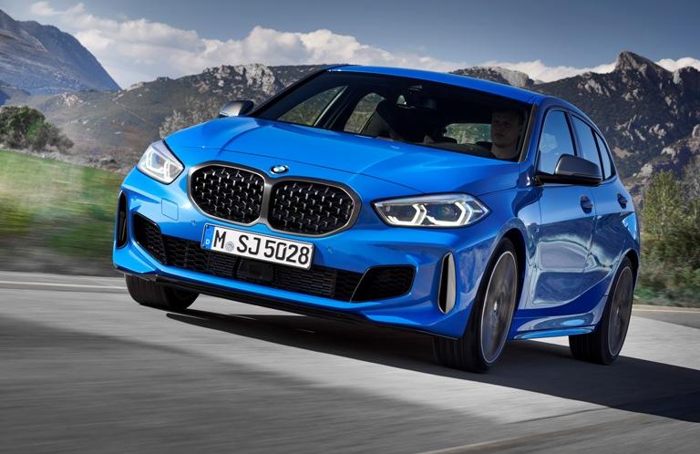 FF(前輪駆動)になった新型BMW1シリーズ BMWはエントリーモデルとなるコンパクト...