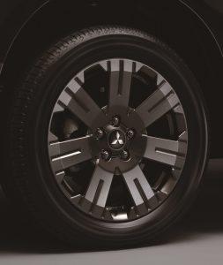 三菱デリカD:5特別仕様車ジャスパー