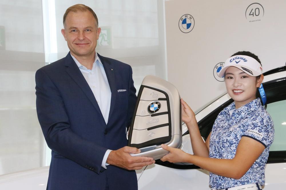 クリスチャン・ヴィードマン 河本結 Team BMW