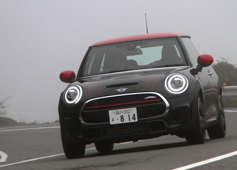 デザイン、走り、テレマティクスを強化したMINI  個性派モデルのアイコン...