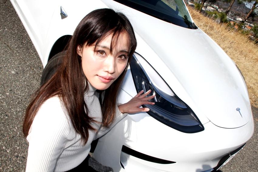 テスラ モデル3 樽美伶奈