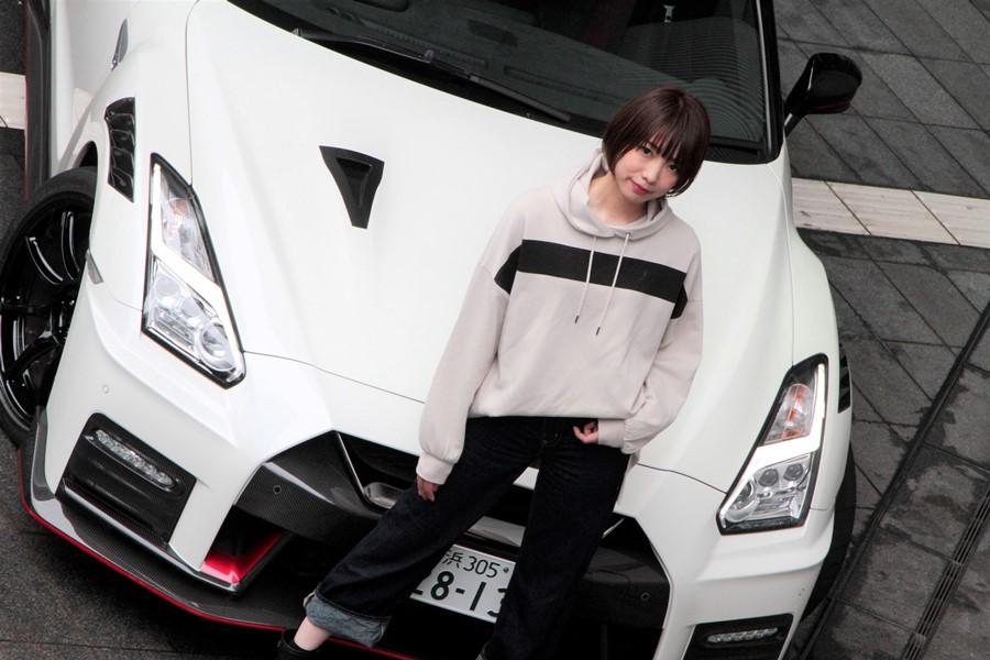 日産GT-R NISMO試乗記・評価 20歳代女性がいきなり...