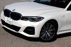 BMW330e